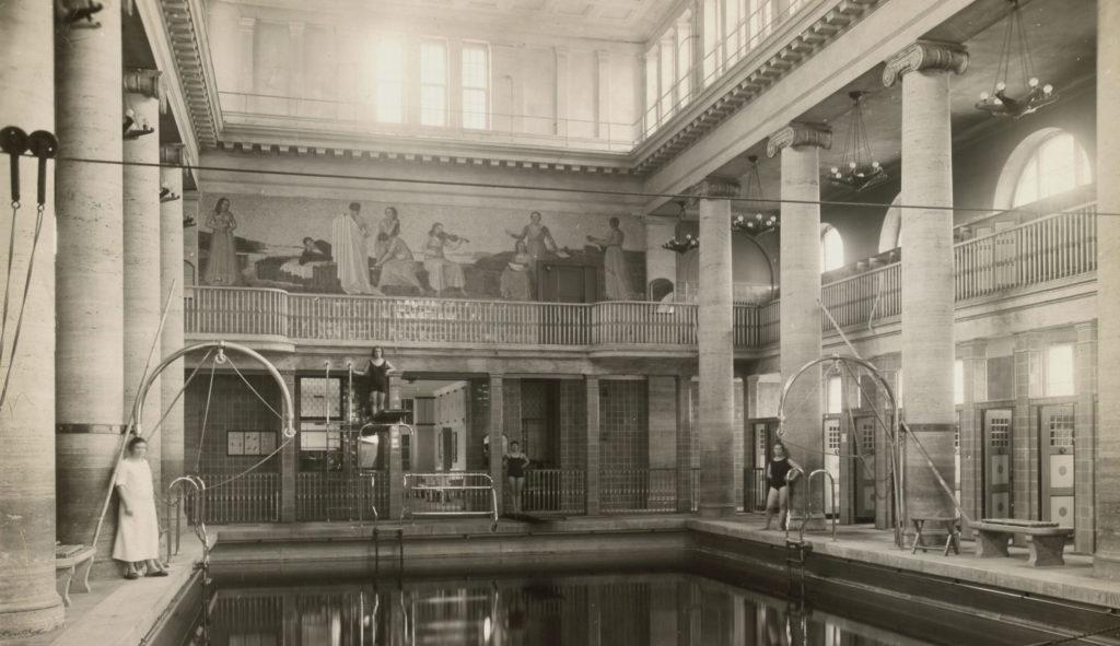 Stadtbad Neukölln 1926