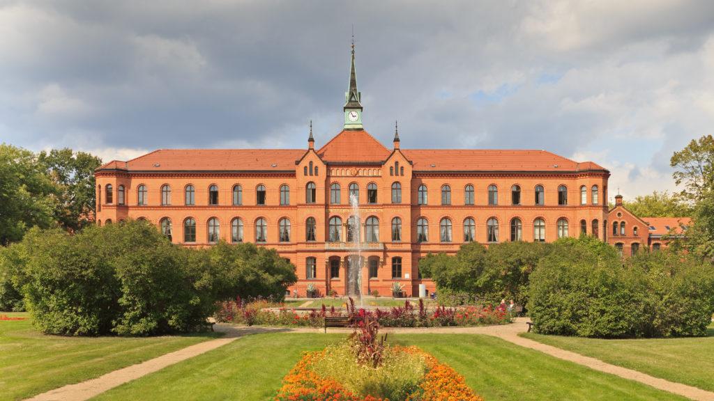 Krankenhaus Herzberge im Park