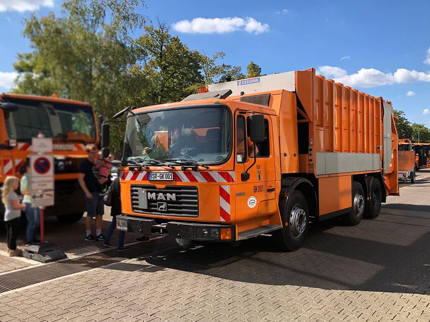 Müllwagen der BSR, Berliner Stadtreinigung