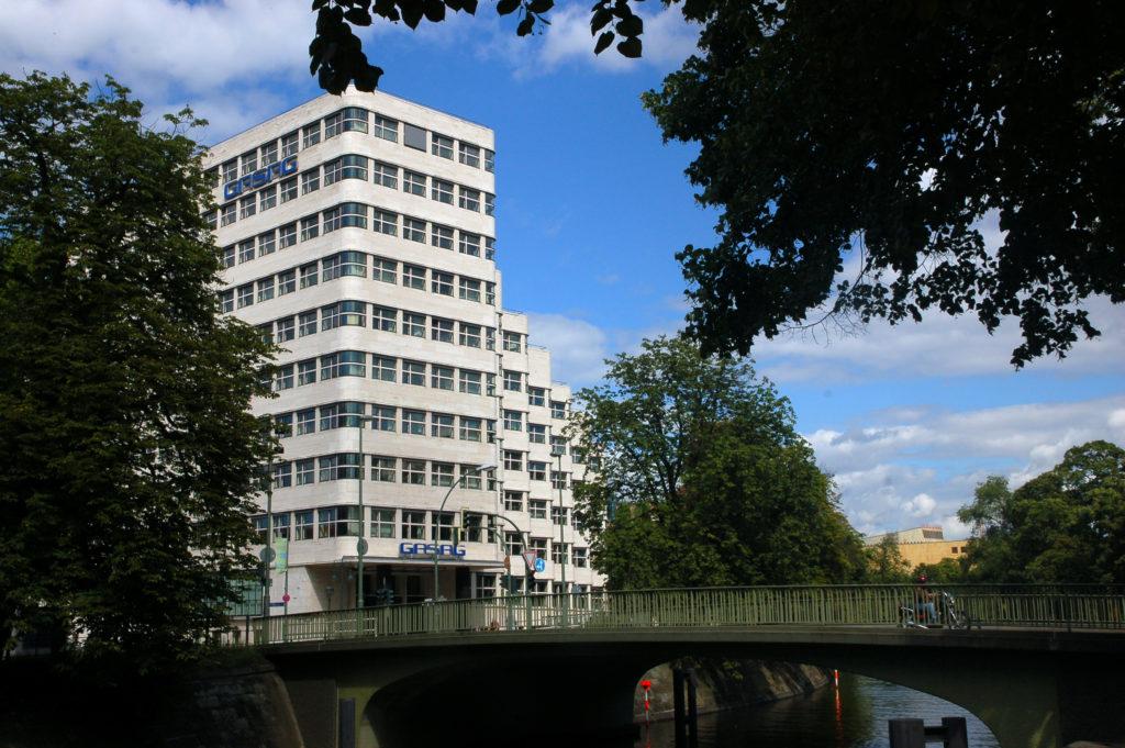 Shell-Haus Landwehrkanal