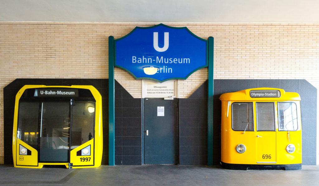 Eingang U-Bahn-Museum Berlin U-Bahn an der Wand