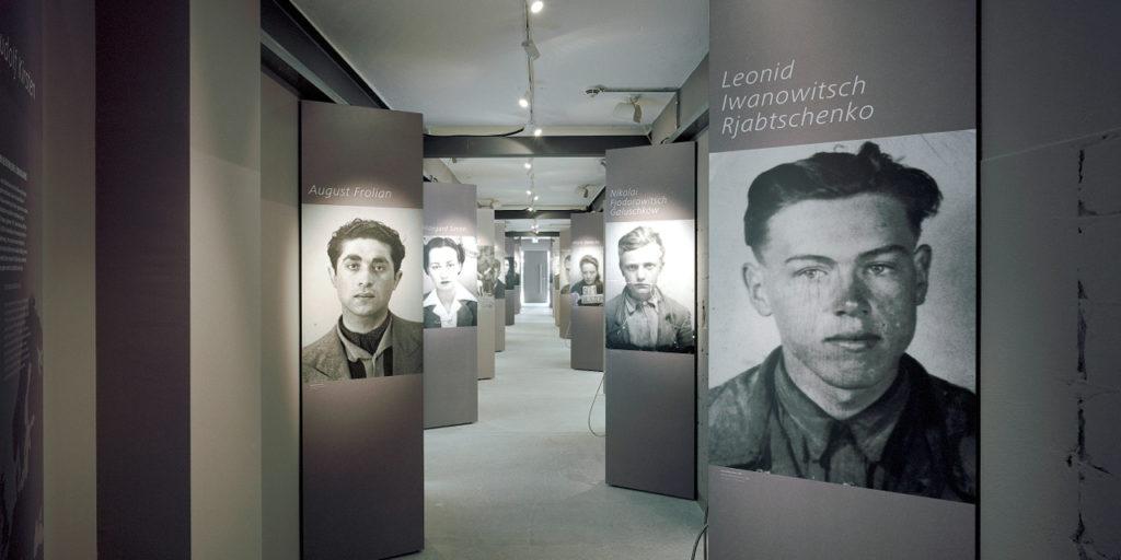 Ausstellung mit Fotos im Zwangsarbeit-Lager Schöneweide