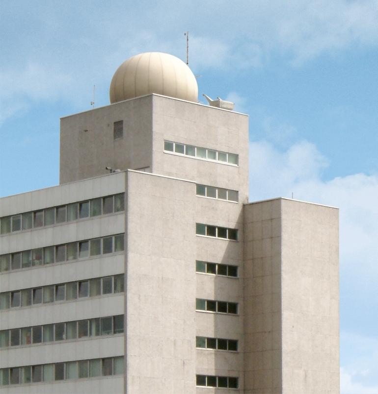 Antennenkuppel auf dem Heinrich-Hertz-Institut